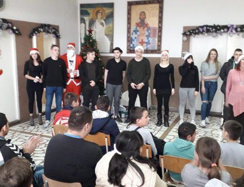 Новогодишња посета и поклони ученицима наше школе – 20. децембар 2019.