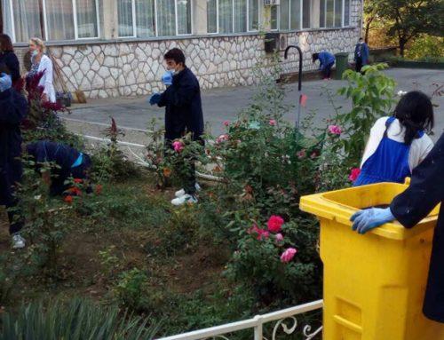 ЕКО-школска акција чишћења и уређења школског дворишта – 27.9.2021.