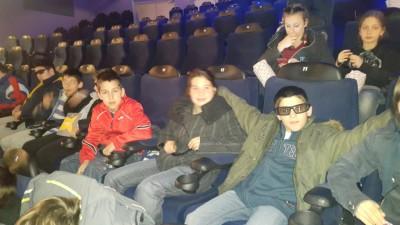 Радост деци - Одлазак у биоскоп Март 2016