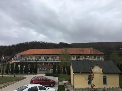 manastir izvor 2019 01