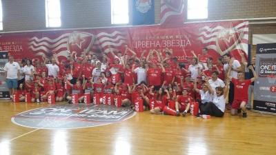 one team 03